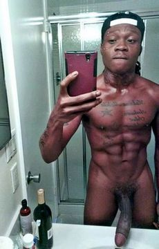 Big cocked dude selfsnap